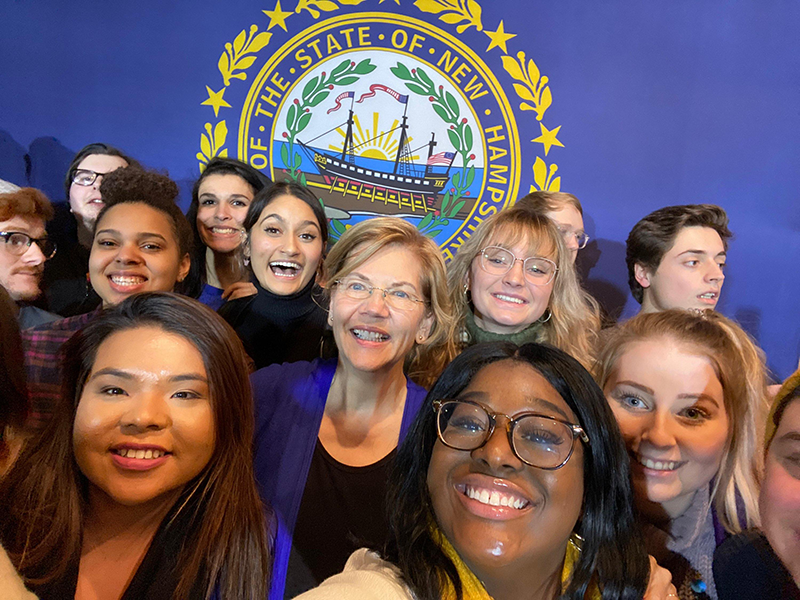Democratic presidential candidate Senator Elizabeth Warren poses for a selfie with VCU students in New Hampshire as part of their class, Political Campaigns and Communication.